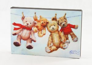 "canvas 8""x12"" bears haning out on washing line art print"